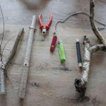 Kinder basteln Musikinstrumente: Die Astgabel-Rassel