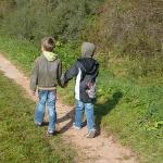 Urwald und Kletterstellen: Outdoor Kinder wandern im Hunsrück