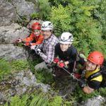 Packliste: Ausrüstung für einen Klettersteig mit Kindern