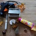 Kastanien Zwerg: Outdoor Kinder basteln im Herbst mit Naturmaterialien