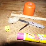 Basteln mit Kindern: Wir schnitzen das Mäuse fangen Spiel