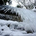 Winterwanderung mit Kindern zu Wasserfällen