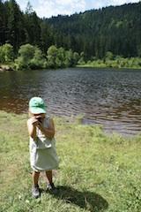Geocaching in Baiersbronn und die Kinder sind wie verzaubert. foto (c) kinderoutdoor.de