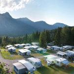Camping der besonderen Art: Gesundheit, Glamour und Goldsand