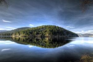 Versunkene Orte gibt es im Schluchsee und tolle Outdoor Angebote um den See im Hochschwarzwald. Foto (c) Hochschwarzwald Tourismus GmbH