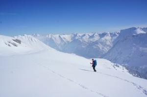 Berghaus on Tour: Vier Schneeschuhtouren bietet Euch der britische Alpinexperte kostenlos in den bayerischen Alpen an.  Foto (c) kinderoutdoor.de