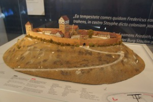 So sah einmal die Burg Hohenstaufen aus.  Foto (c) Kinderoutdoor.de