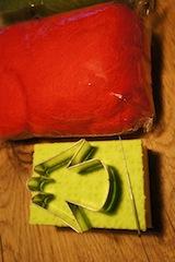 Übersichtlich! Hier sehr Ihr alles, was Ihr zum Trockenfilzen braucht.  foto (c) kinderoutdoor.de