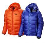 Das Phanton Hooded Jacket von Mountain Hardwear kombiniert wasserabweisende Daunen mit einer speziellen Kammerkonstrunktion.  foto (c) mountain hardwear