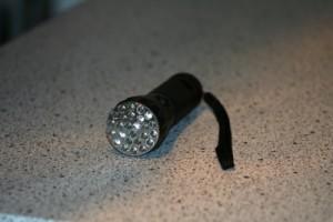 Zur Schatzsuche in der Nacht ist das hier unverzichtbar.  Foto (c) Kurt Bouda  / pixelio.de