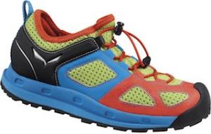 Outdoor Schuhe mal ganz anders: Der Swift Junior von Salewa.  Foto (c) Salewa