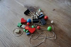 Aufräumen für Anfänger. Hier ist das Material für Såu-Stalla. Foto (c) kinderoutdoor.de
