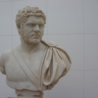 Diesem Römer ist nicht die Suppe angebrannt, er sieht immer so mißmutig aus: Kaiser Caracalla.  Foto (c) kinderoutdoor.de