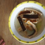 Pfannkuchensuppe: Magischer Moment im Teller!