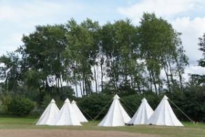 Campingplätze sind ideal für Familien: Von dort aus lassen sich Tagestouren und Outdoor-Abenteuer unternehmen.  Foto (c) kinderoutdoor.de