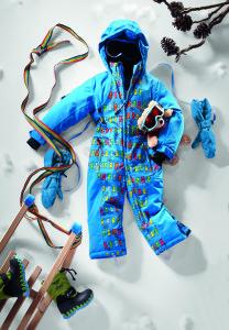 Maier Sports hat etwas gegen klirrenden Kälte: Den Overall Orsi!  Foto (c) Maier Sports