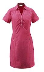 So lässig kann Outdoor Kleidung aussehen! Vaude beweist es mit der Skomer Linie für Frauen.  Foto (c) vaude.com