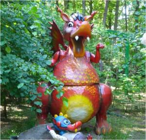 Zum Fressen gern, haben die Kinder ihre Dino Schnitzeljagd.  Foto (c) Rita Köhler  / pixelio.de