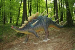 Auf gehts zur saurier starken Dino Schnitzeljagd! Foto (c) pixelio.de  günther gumhold  / pixelio.de