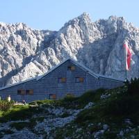 Die Coburger Hütte ist von der Ehrwalder Alm in zwei bis drei Stunden für Familien zu erreichen.   Foto (c) Thoma Then  Lizenz: Creative Commons by-sa 3.0 de / Kurz