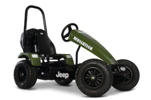 Papa ich will auch einen Jeep! Dafür gibt es Ein Berg Gokart für alle Wege! Verbraucht garantiert weniger als ein SUV. Foto (c) BERG