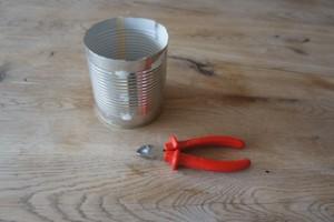 Aus diesen tollen Sachen entsteht ein Minigrill in weniger als fünf Minuten! Foto (c) kinderoutdoor.de