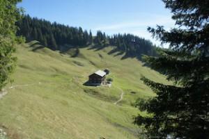 Berghütten haben bewegte Geschichten: So auch das Grüntenhaus, das 1854 als Touristenhotel errichtet wurde.  Foto (c) kinderoutdoor.de