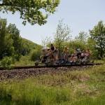 Draisine fahren: Drei mal Radeln auf den Gleisen