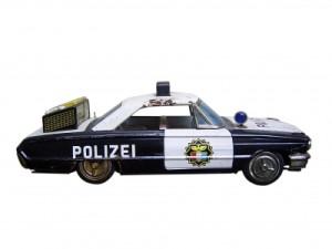 Mit Vollgas auf Verbrecherjad: Schnitzeljagd Polizei! Foto (c) Daniela Baack  / pixelio.de