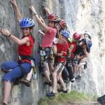 Klettern mit Kindern in Tirol: Aufi muaß I!