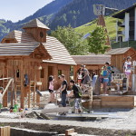 HeuReka! Familienurlaub in der Schweiz: Ab ins Goldgräberdorf