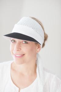 """Evi Rupprecht, Gründerin von Lovelux über Sonnenschutz für Kinder:"""" Es kommt immer darauf an, wie man den Kindern die Notwendigkeit vermittelt und auch, daß man Produkte kauft, die die Kinder gerne tragen."""" foto (c) lovelux"""