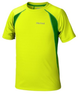 Gelb das her! Marmot bietet mit dem Boy´s Fuse eine funktionales T-Shirt für Outdoor-Aktivitäten an.  foto (c) Marmot