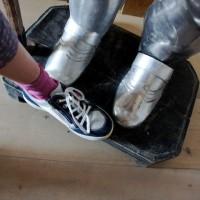 So ein edler Rittersmann, hatte gar viel Eisen an! Und goss es nachts auf den armen Pfosten, fingen die Schuhe an zu rosten!  Foto (c) kinderoutdoor.de