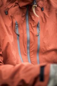 Fjällräven beweist: Wasserfeste Outdoorbekleidung braucht keine giftigen Flourcarbone! Foto (c) fjällräven