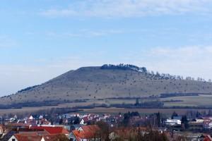 Der Ipf bei Bopfingen. Hier führt ein Keltenweg hinauf.  foto (c) kinderoutdoor.de