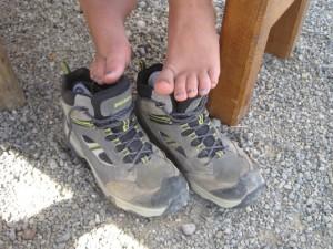 Füße pflegen nach dem Wandern ist richtig und wichtig. Foto (c) kinderoutdoor.de