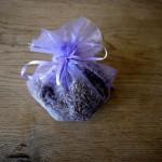 Lavendelsäckchen selbst machen: Eine kinderleichte Anleitung!