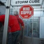 Vom Winde verweht. Kinderoutdoor bei Gore Tex in der Windkammer. Foto (c) kinderoutdoor.de
