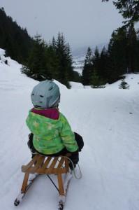 Winterurlaub mit Kindern im Bayerischen Wald: Schneeschuhlaufen, Schlittenfahren und Wandern.  Foto (c) kinderoutdoor.de