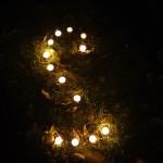Sternbilder mit Kerzen legen: Ein tolles Spiel bei der Nachtwanderung