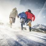 Schnitzeljagd im Winterurlaub: Mit den Kindern im Schnee unterwegs