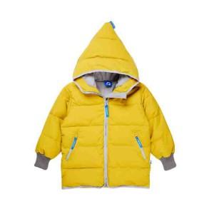 Typisch Finkid! Auch die neue Kari Arctic Winterjacke hat die markante Zipfelkapuze. Foto (c) finkid