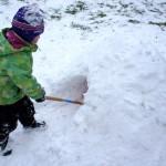 Iglu bauen mit Kinder: Endlich eigene vier Wände im Winter!