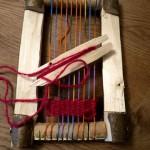 Werken mit dem Taschenmesser: Kinder basteln einen Webrahmen
