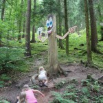 Wandern mit Kindern in dem Mittelgebirgen: Narzissen, Wichtel und Tafelberge