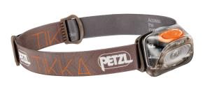 Mehr Licht! Die Petzl Tikka Stirnlampe ist vielseitig wie ein Schweizer Taschenmesser. Foto (c) kinderoutdoor.de