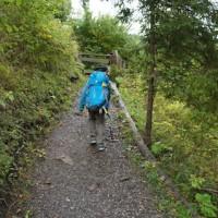 Um den Rucksack optimal anzupassen, stellt Ihr die Rückenlänge zuerst richtig ein.   Foto (c) kinderoutdoor.de