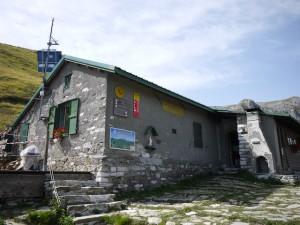 Tipps für eine Übernachtung auf der Alpenvereinshütte: Erst reservieren, dann loswandern.  foto (c) kinderoutdoor.de