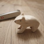 Schnitzen lernen mit dem Taschenmesser: Ein wunderschöner Eisbär